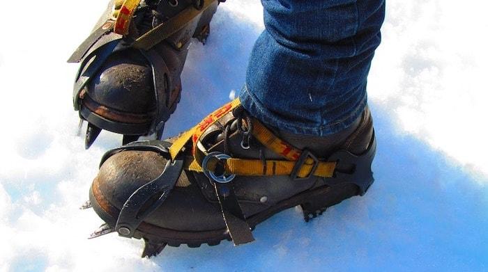 雪アイススパイクアイゼン雪対策滑り止め