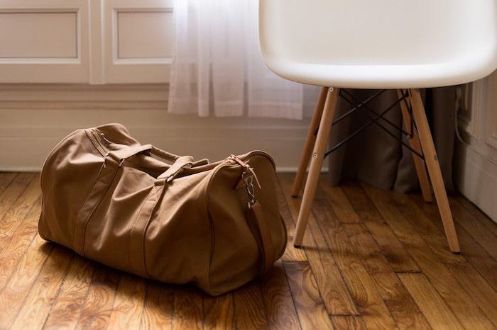 ボストンバッグ 重い荷物