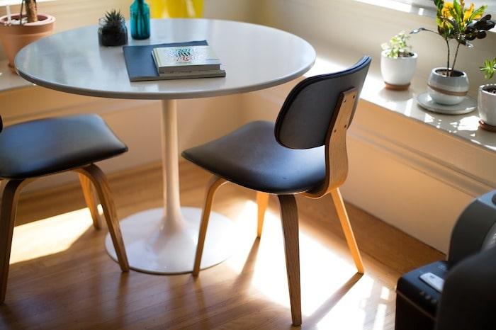 家具・椅子・テーブル
